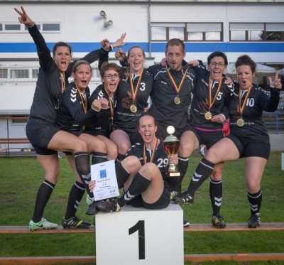 2017-09-17 Frauen 30 holen Gold
